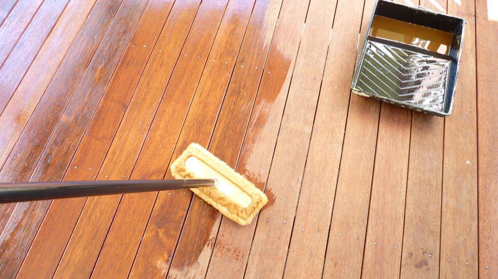 покрытие террасы маслом или морилкой